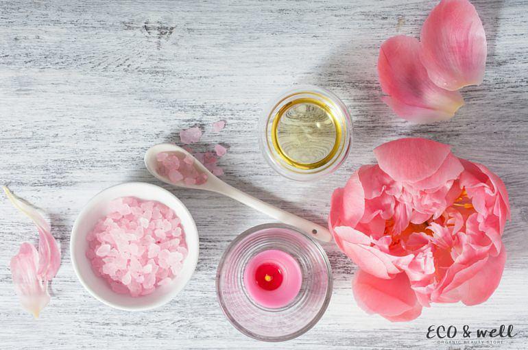 składniki peelingu, przepis na domowy peeling solny, cukrowy, kawowy